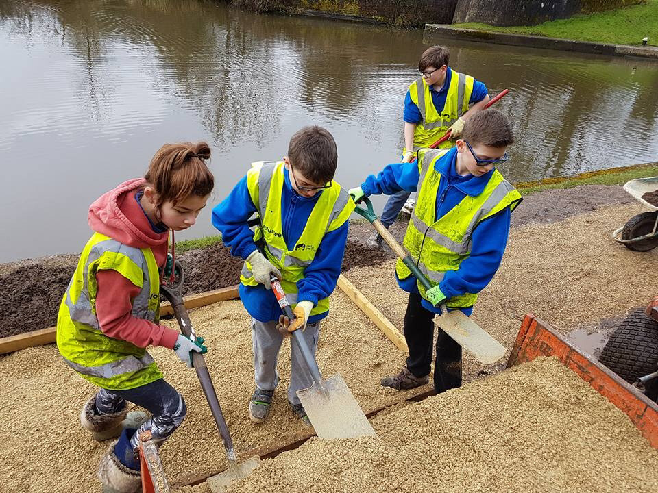 A grand day out for pupils cleaning up the canal the for Charity motors on grand river